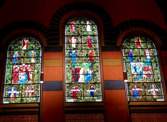 Forum Video: A Second Look–Trinity's Christmas Windows